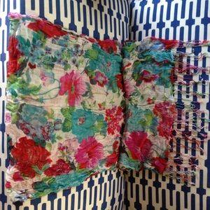 🎈Lightweight floral scarf